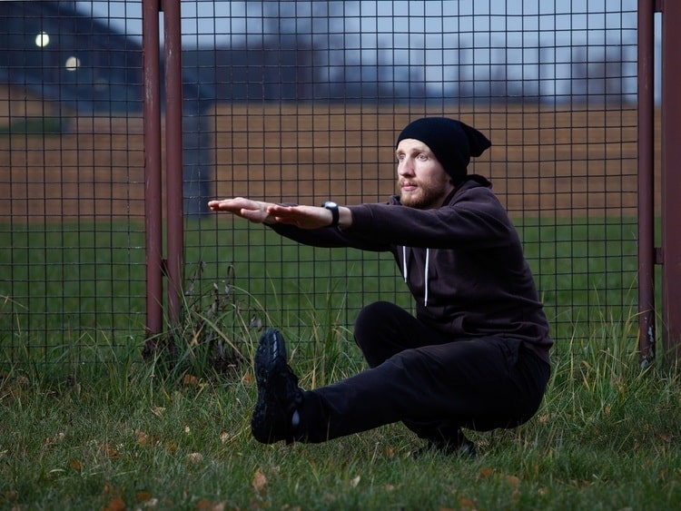 train your legs with pistol squat